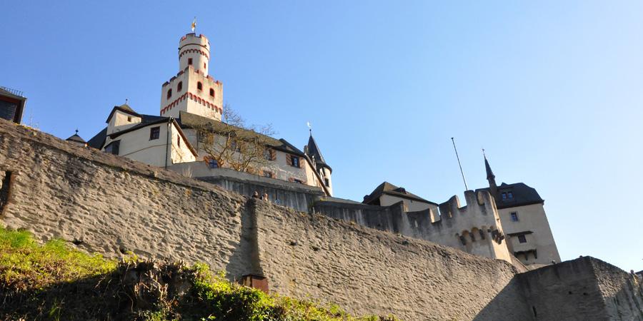 Замок Марксбург близ Баубаха, Германия