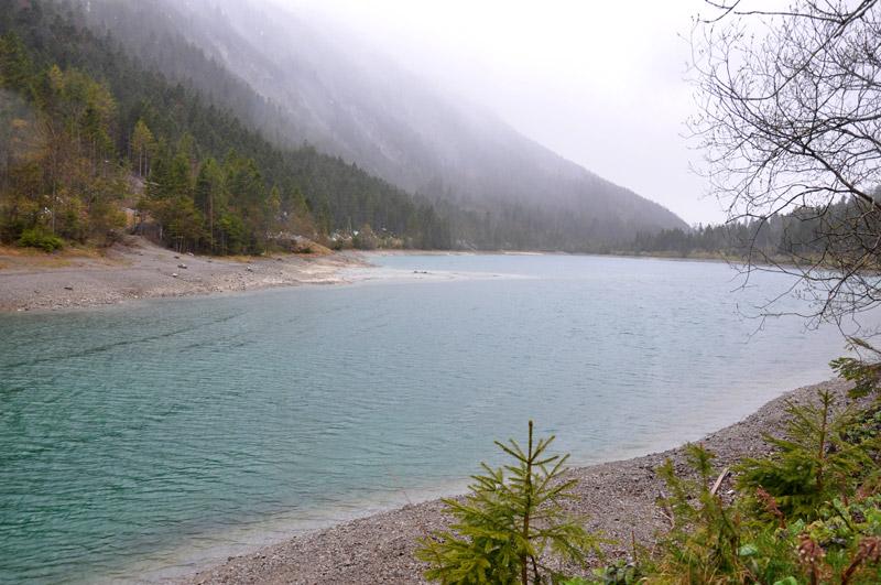 Озеро Планзее в Альпах