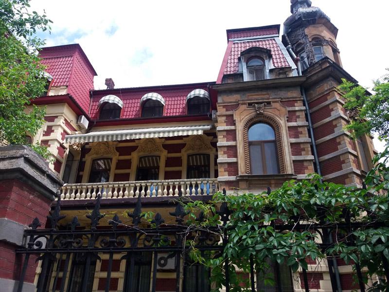 Дом Фальц-Фейнов