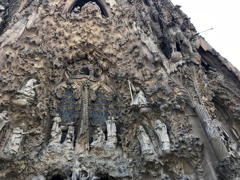 Sagrada Familia фасад Рождества