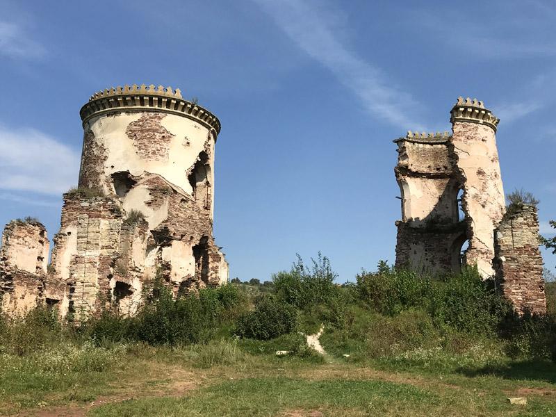 Что осталось от Червоногородского замка