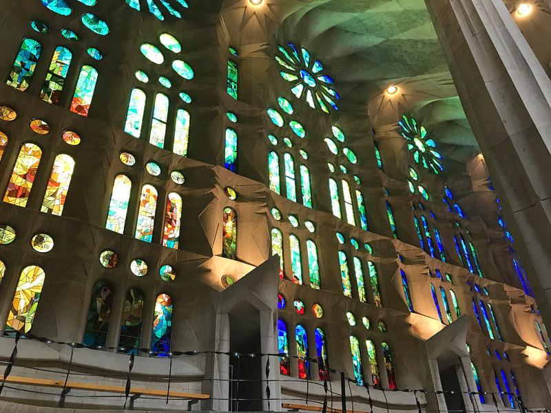 Sagrada Familia внутри фото