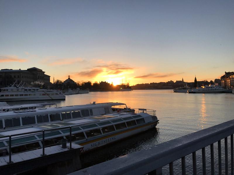 Встретить рассвет в Стокгольме